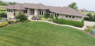19560 Foxfield Drive, Prior Lake, MN 55372