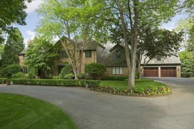 Photo of 4905 Rolling Green Parkway, Edina, MN 55436