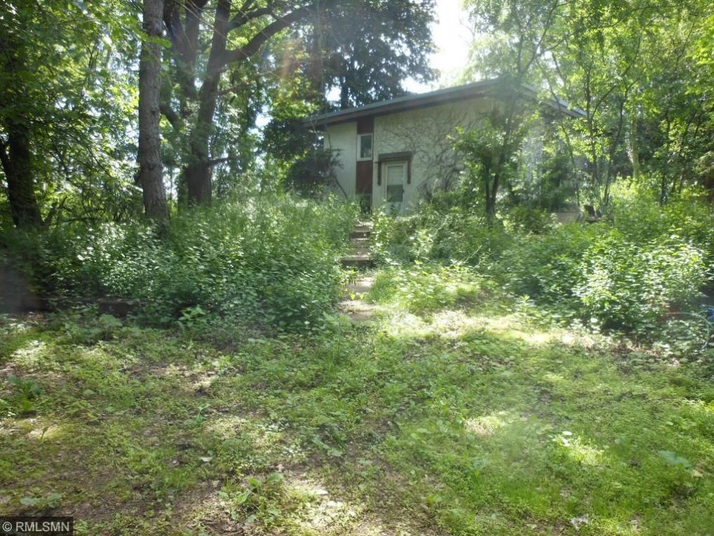 304 E County Road B2, Little Canada, MN 55117