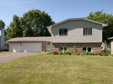2739 NW 131st Avenue, Coon Rapids, MN 55448