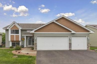 18724 Dunbury Avenue, Farmington, MN 55024