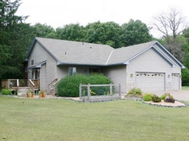 690 Caneday Court, Taylors Falls, MN 55084