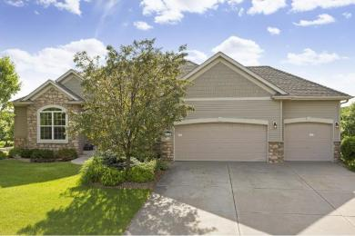 6374 S Highland Hills Boulevard, Cottage Grove, MN 55016