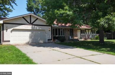 523 NW 106th Avenue, Coon Rapids, MN 55448