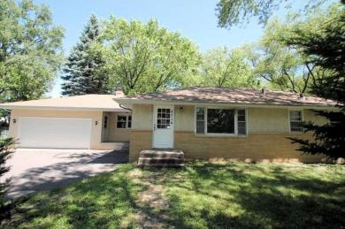 4714 N Lakeview Avenue, Brooklyn Center, MN 55429