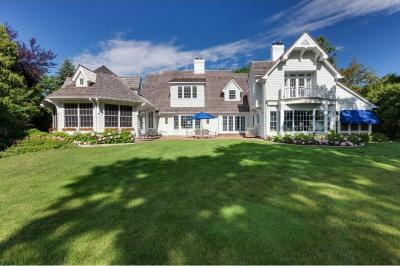 Photo of 2217 E Huntington Point Road, Minnetonka Beach, MN 55391