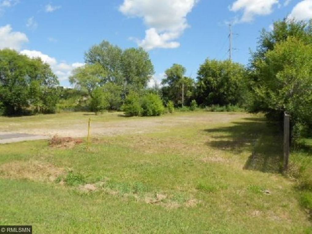 7910 Lake Drive, Lino Lakes, MN 55014