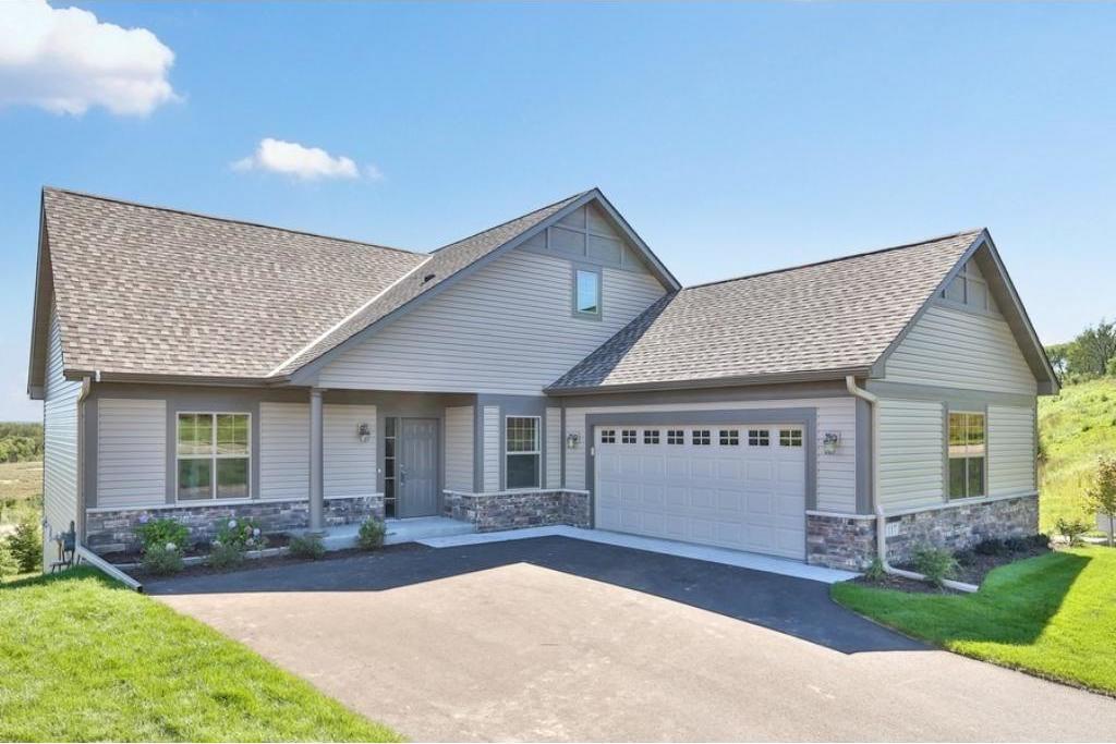 117 Highland Drive, Carver, MN 55315
