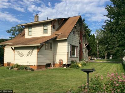 Photo of 406 S Lawler Avenue, Hinckley, MN 55037