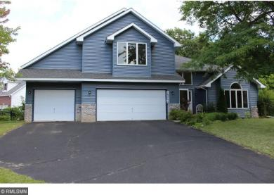10400 N 51st Place, Plymouth, MN 55442