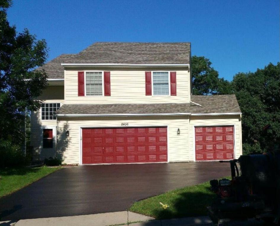 8456 Savanna Oaks Lane, Woodbury, MN 55125