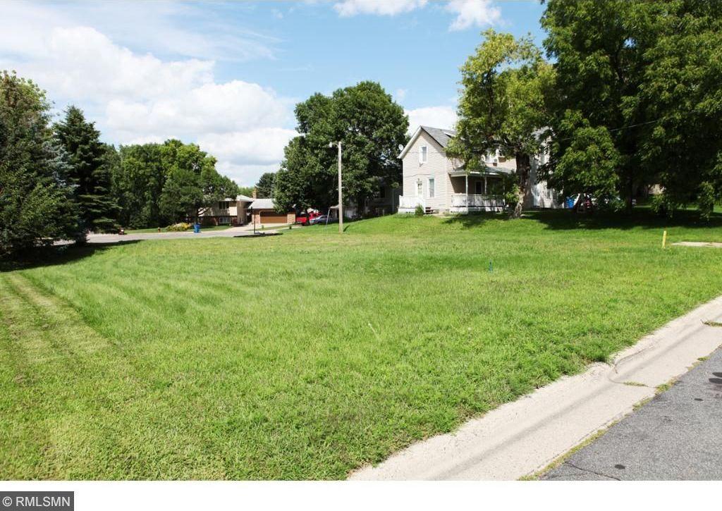 353 Rehnberg Place, West Saint Paul, MN 55118