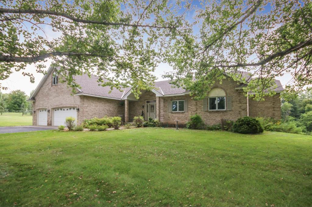 5074 Country Circle, Greenfield, MN 55357