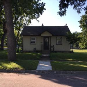 1330 4th Street, Saint Peter, MN 56082