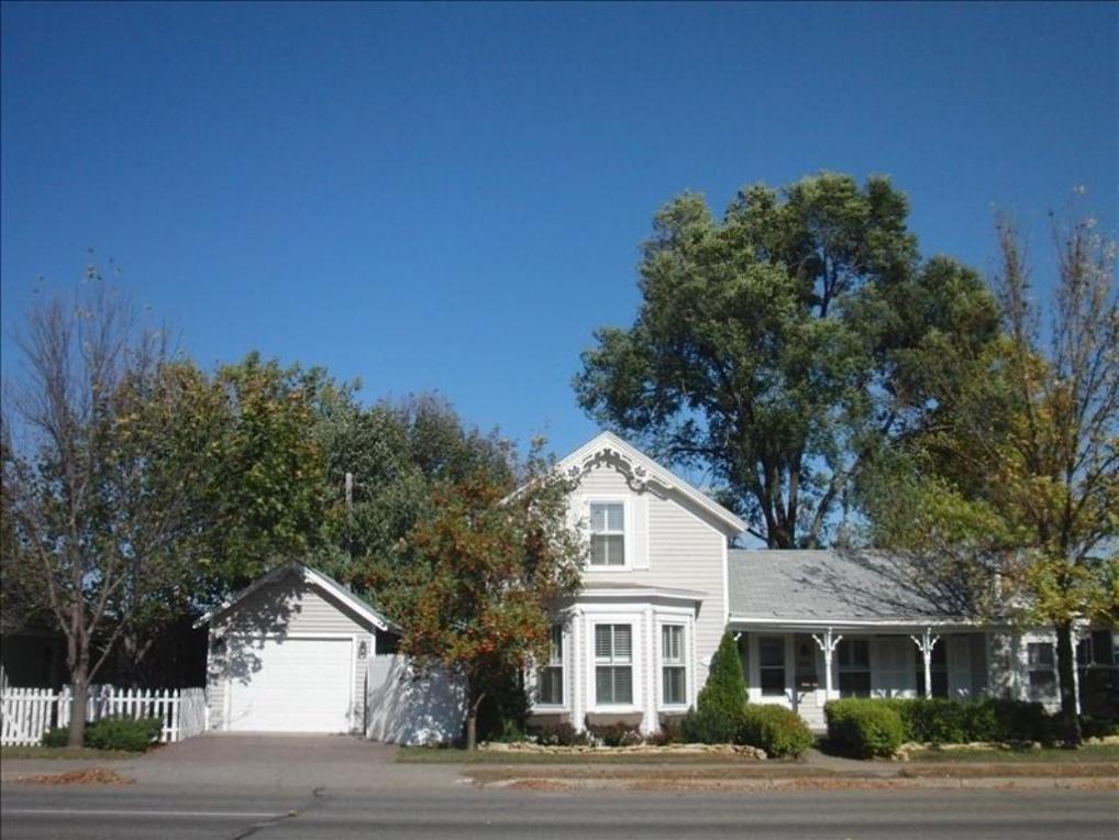 518 Lakeshore Drive, Lake City, MN 55041
