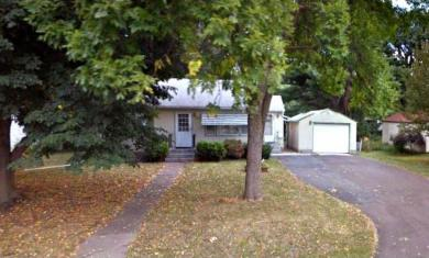 1139 W Laurie Road, Roseville, MN 55113