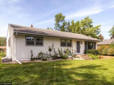 2307 Hand Avenue, Roseville, MN 55113