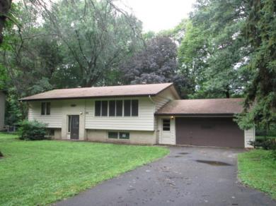 8810 NW Mississippi Boulevard, Coon Rapids, MN 55433