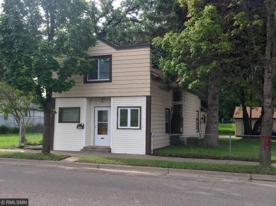 1090 E 7th Street, Saint Paul, MN 55106