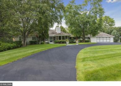 9 Pleasant Lake Road, North Oaks, MN 55127