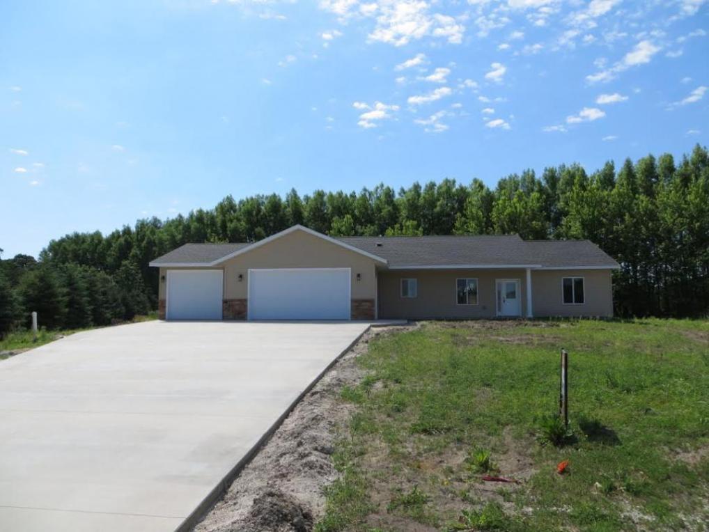 257 Maple Ridge Drive, Henderson, MN 56044