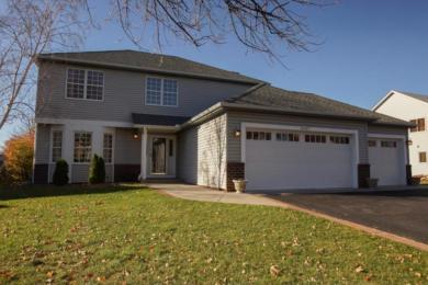 16457 Hutchinson Drive, Lakeville, MN 55044