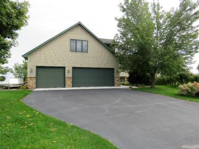 2306 Saddlebrook Road, Buffalo, MN 55313