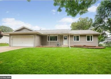 8493 S Innsdale Avenue, Cottage Grove, MN 55016