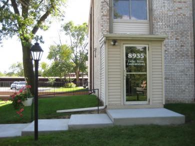 8935 S Old Cedar Avenue #202, Bloomington, MN 55425
