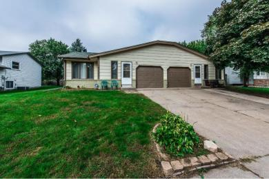 7741 N Vincent Avenue, Brooklyn Park, MN 55444