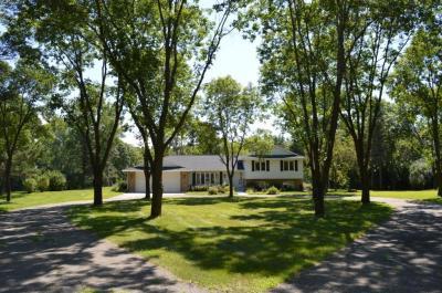 Photo of 11791 NE Riverview Road, Hanover, MN 55341