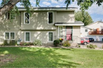 6728 W Foliage Court, Lakeville, MN 55068