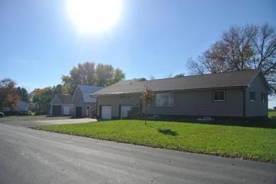 7744 7th Avenue, New Auburn, MN 55366