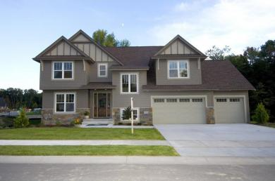 15505 N 52nd Place, Plymouth, MN 55446