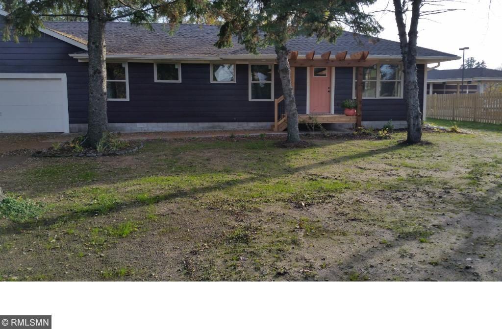 6111 Elm Street, North Branch, MN 55056