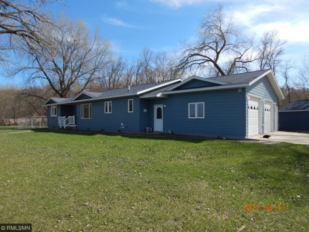 325 Lake Shore Dr, Lake Benton, MN 56149