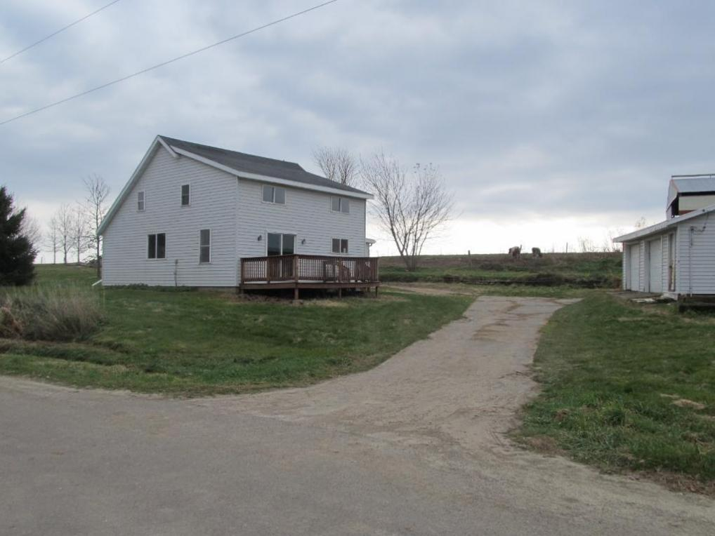 W8953 Hatchery Road, Arkansaw, WI 54721