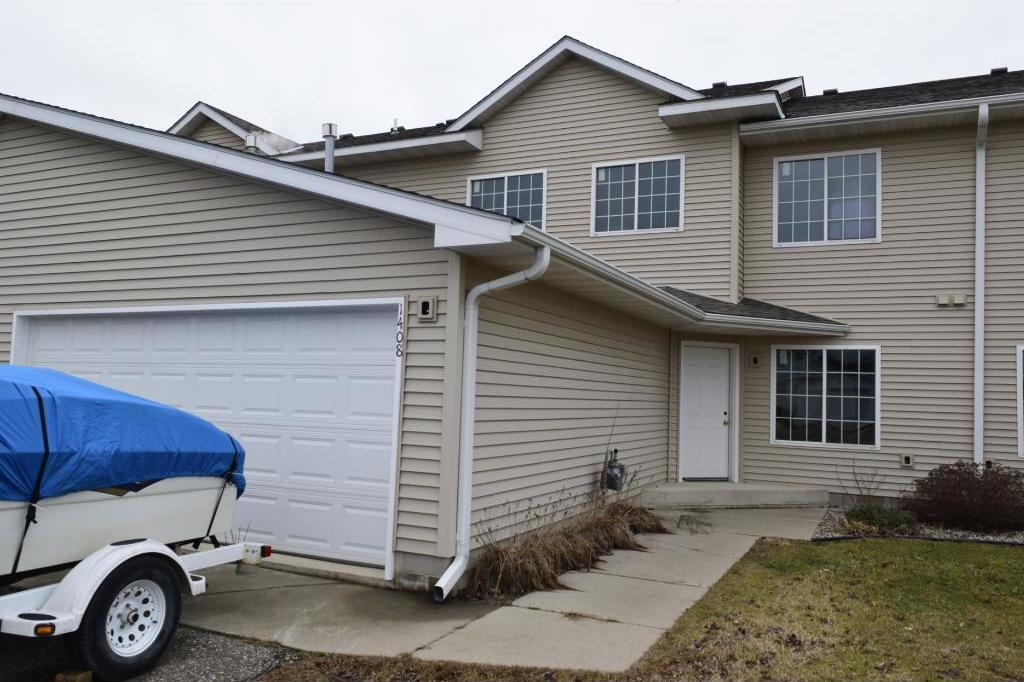 1408 N Baldwin Avenue, Glencoe, MN 55336