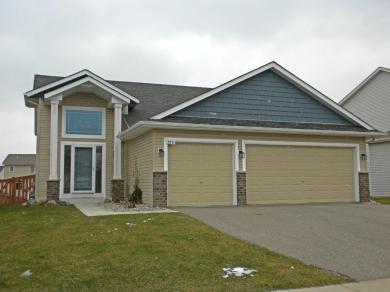 2831 NW Hawk Ridge Road, Prior Lake, MN 55372
