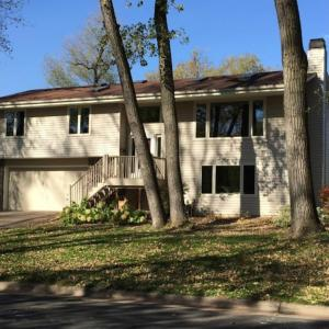 7054 N Plymouth Avenue, Golden Valley, MN 55427