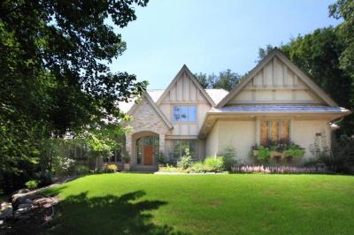 Photo of 2005 Sugarwood Drive, Orono, MN 55356