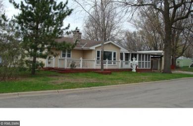 700 N 4th Avenue, Sauk Rapids, MN 56379