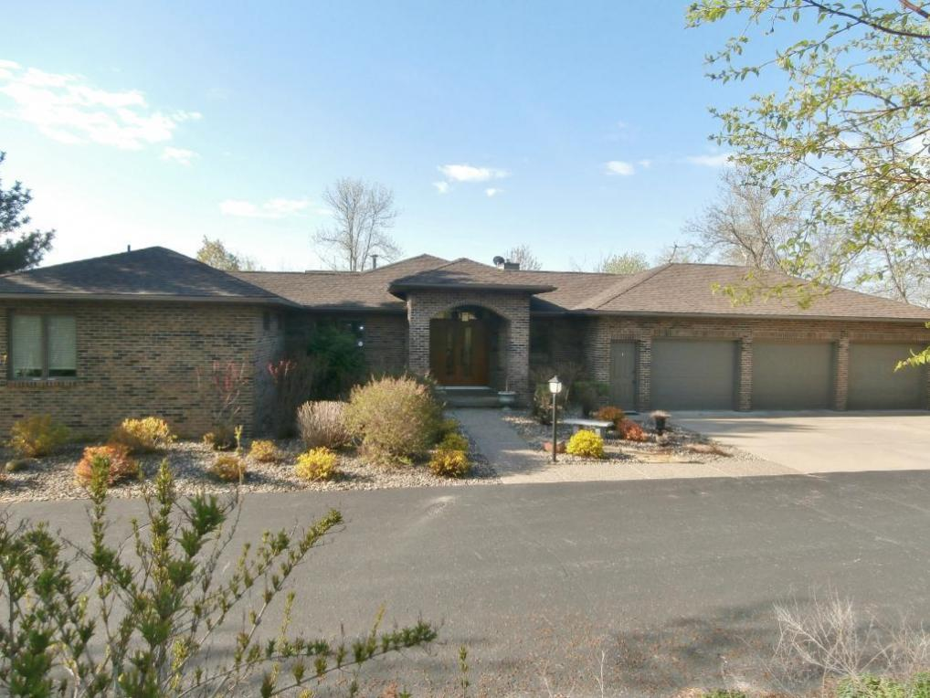 28112 Bayview Drive, Red Wing, MN 55066