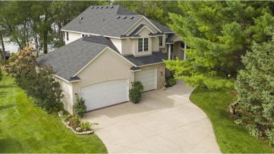 Photo of 15722 Lac Lavon Drive, Burnsville, MN 55306