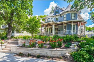 Photo of 3125 Calhoun Parkway, Minneapolis, MN 55408