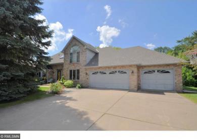 8409 N Quail Hill Road, Maple Grove, MN 55311