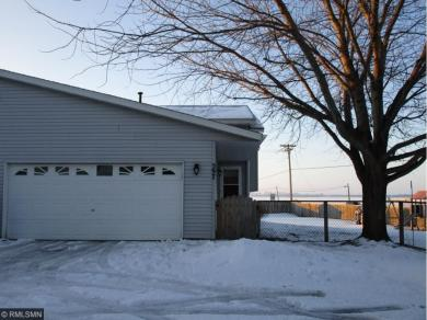 597 Kendall Dr, Hastings, MN 55033