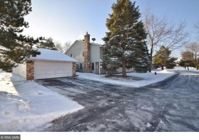 7773 W 157th Street, Apple Valley, MN 55124