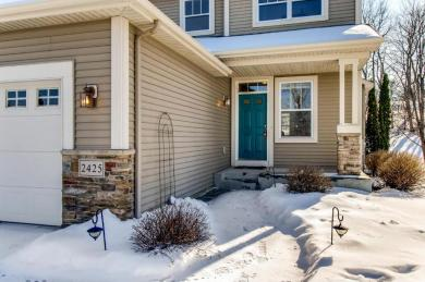 2425 NW Stonecrest Path, Prior Lake, MN 55372