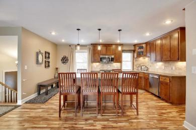 1048 Ramsdell Drive, Apple Valley, MN 55124